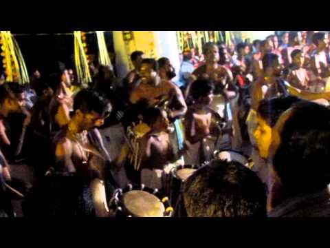 Peruvarathappan Peruvaram Temple N Paravoor Panchari Melam Chendamangalam Raghu Marar