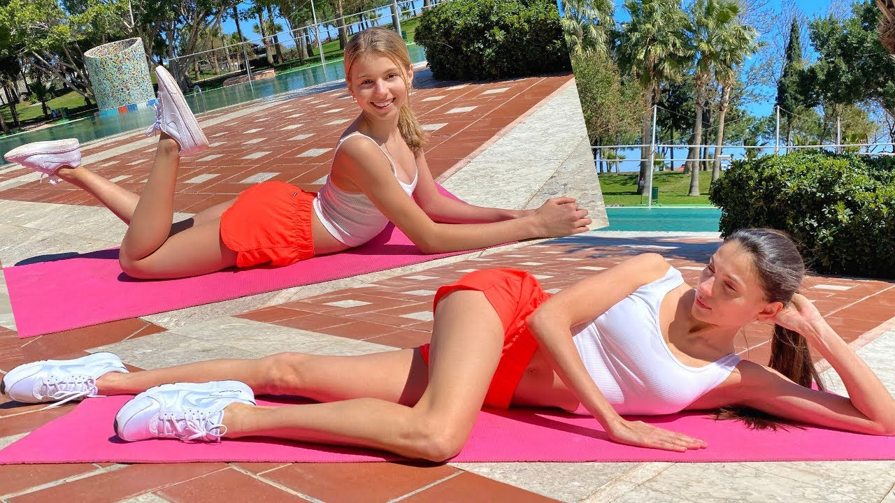 Legs workout on a vacation / Fitness with mom
