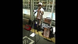 2016年6月11日に行われた川崎での路上ライブの模様です。ライブ限定で歌...