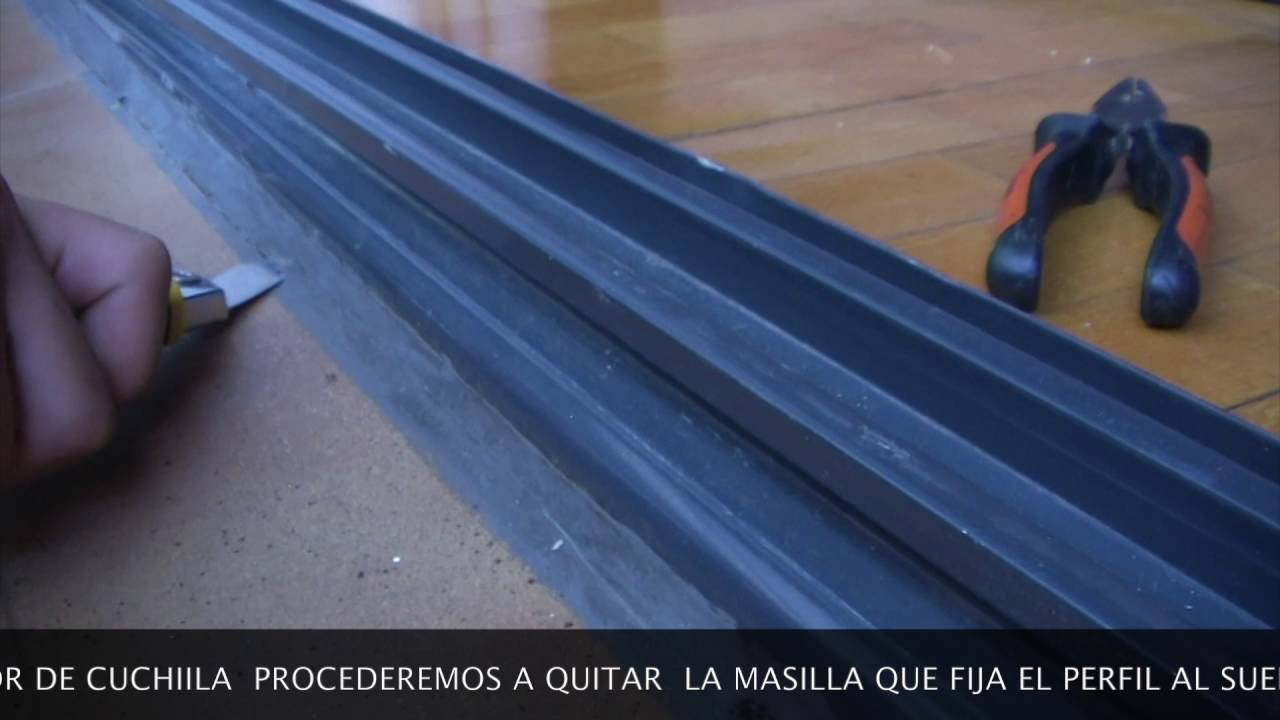 SUSTITUIR CARRIL DE PUERTA CORREDERA DE ALUMINIO - REPLACING ALUMINUM SLIDING DOOR RAIL