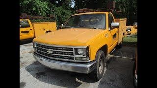 PUBLIC ONLINE AUCTION:  1989 Chevrolet Cheyenne C2500 Regular Cab Utility Box Truck