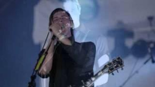 Julian Plenti - On The Esplanade (Live)