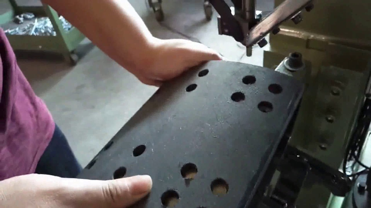 Brake Shoe Rivets : Brake shoe riveting machine automatic feeding rivet