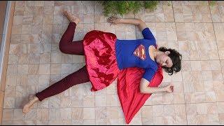 CADU FINGE BRINCAR DE MISSÃO RESGATE SUPERMAN SALVA A DANY DA BRUXA KEKA