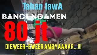 Download lagu TAHAN TAWA Banci ngamen 80 jt Ngakak MP3