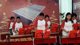 o holy night tim kolintang gki damai surabaya