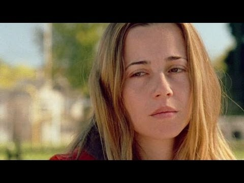 RETURN Movie  Linda Cardellini  Michael Shannon