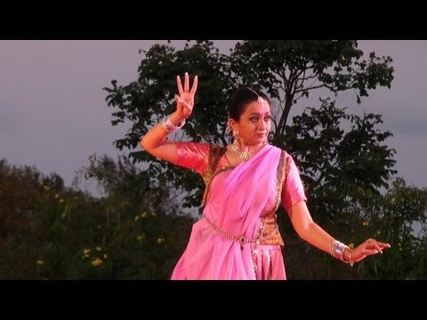 Kathak by Pali Chandra at  Mahabalipuram Dance Festival - 1