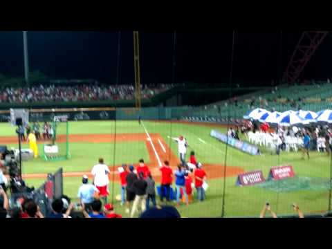 2015 Taiwan All Star Game- Home Run Derby for Jason Giambi!!!!