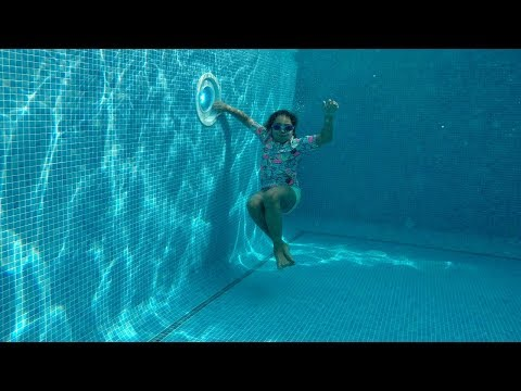 TIANA'S SWIMMING LESSONS DEEP UNDERWATER!!