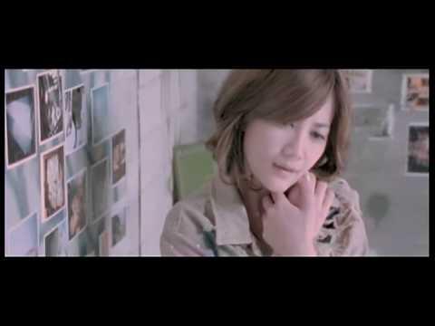梁靜茹-用力抱著 MV(480P) - YouTube