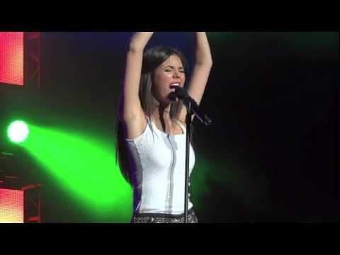 Victoria Justice HD - All I Want Is Everything - Philadelphia - August 16, 2012