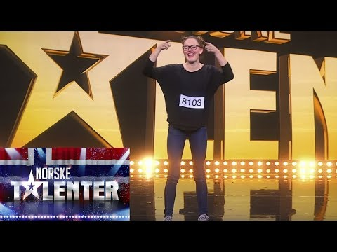 Vilde (13) gets golden buzzer for emotional sign language-dance – Norway's Got Talent 2017
