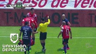 Dario Verón se gana la roja por esta brutal entrada