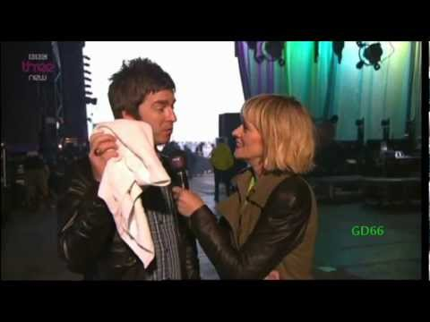 Noel Gallagher's HFB ~ Don't Look Back In Anger + Interview (T In The Park)