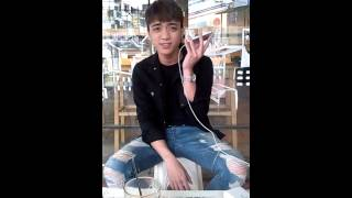 SooBin Hoàng Sơn hát mộc Daydream tặng bạn đọc Hoa Học Trò