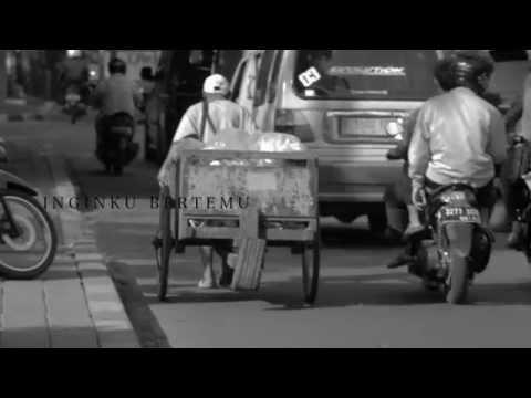 Download mp3 lagu ALEXA - Pulang (Official Lyric Video) Terbaru