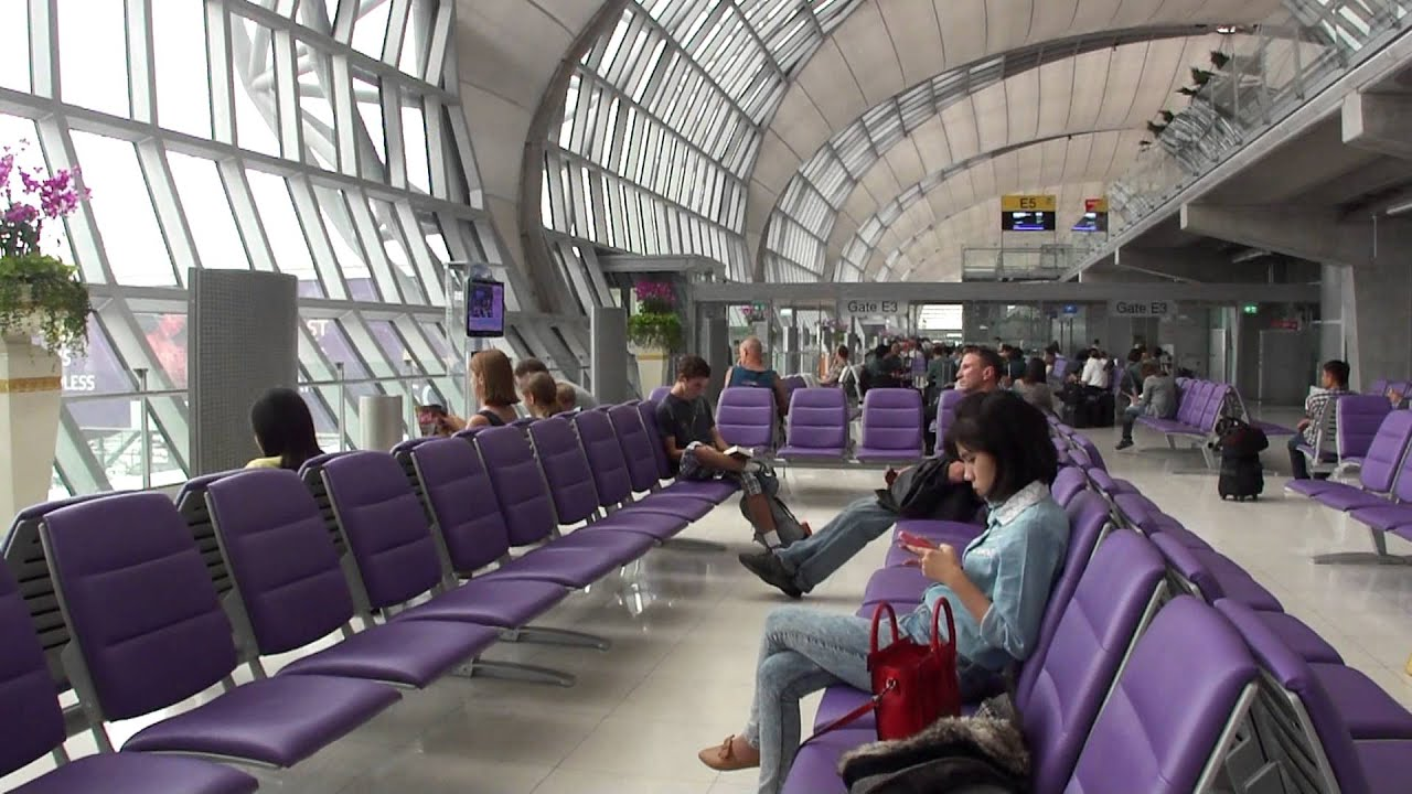 Eva air amsterdam bangkok v v boeing 777 300er economy for Amsterdam economica