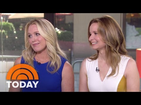 'Playing House' Stars: We Cast All Our Best Friends And Make Out  TODAY