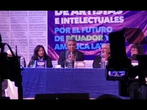 Lenin Moreno participó en el Encuentro de Artistas e Intelectuales