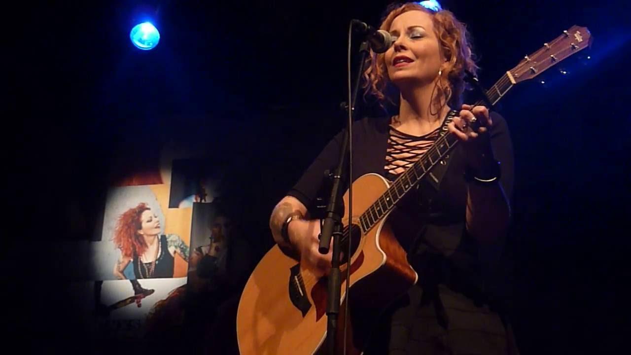 Anneke van Giersbergen - Live To Tell (De Nieuwe Madonna ... | 1280 x 720 jpeg 55kB
