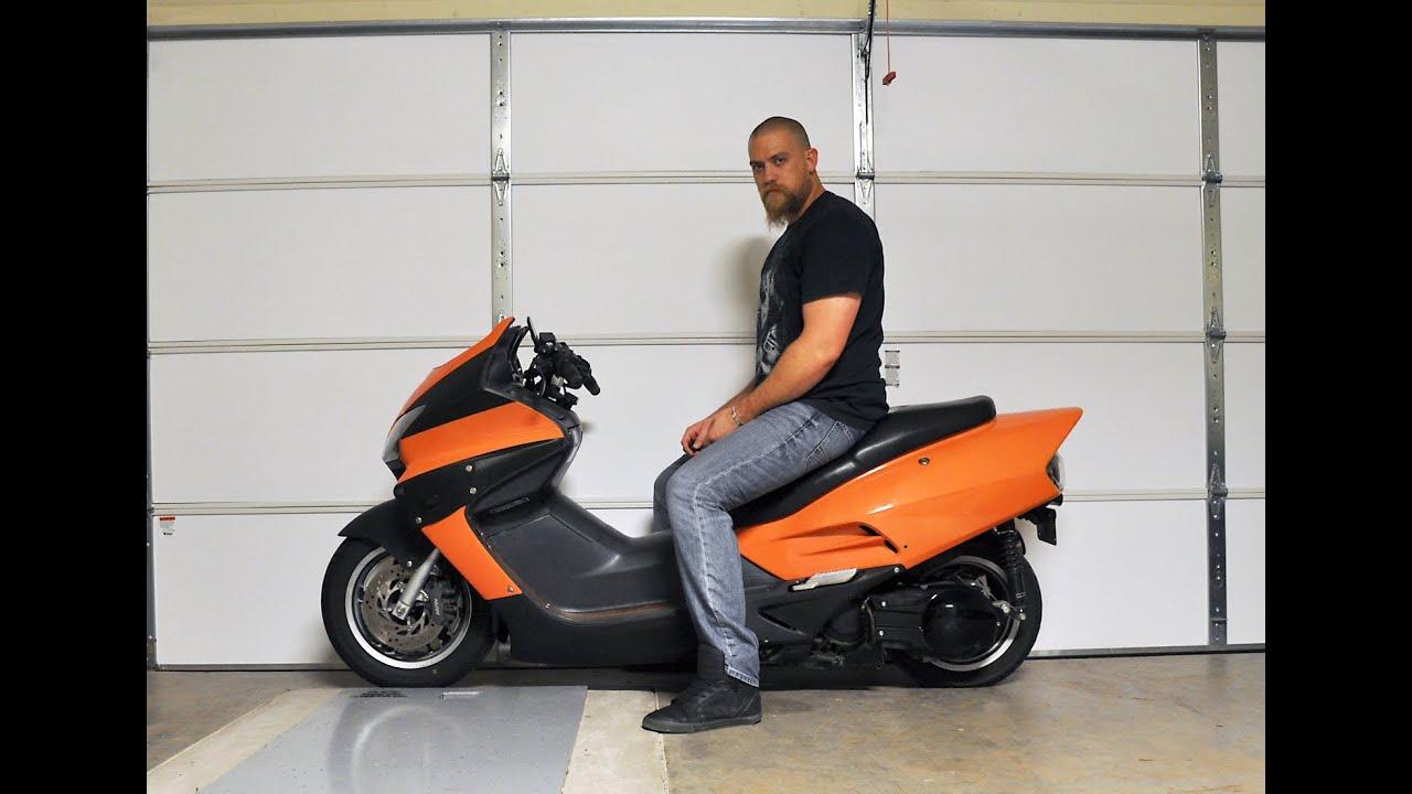 Custom Honda Reflex  Riding My Scooter To Hooters