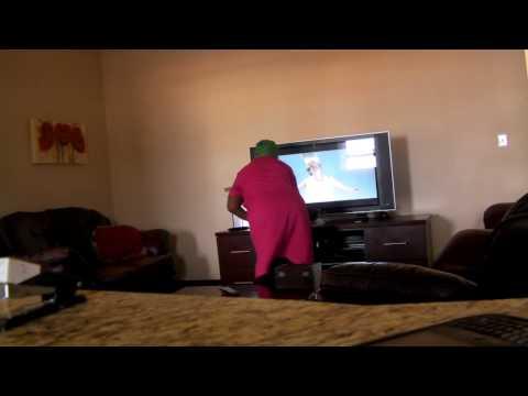 Housekeeper rocks out to Dans Dans Dans by Jack Parow