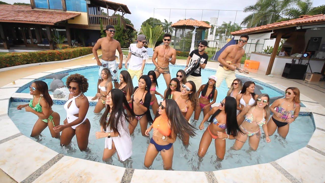 festa na piscina convite infantil