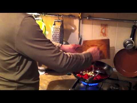 Как приготовить борщ вегетарианский