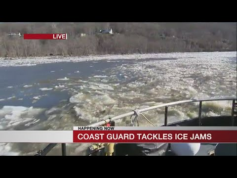 Ice cutters continue work along Connecticut River