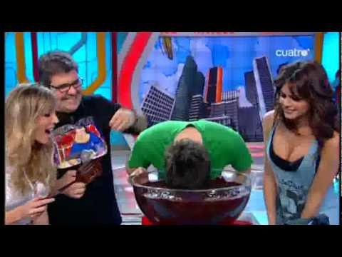 Guerra de chocolate Anna Simon, Dani Martinez, Rom...