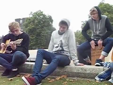 5 Seconds Of Summer - Gotta Get Out Acoustic - Hyde Park, London.