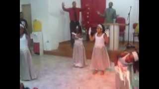 Mover De Deus (Deus Batiza Crianças Da Coreografia) Igreja Evan.Senhor Nossa Bandeira