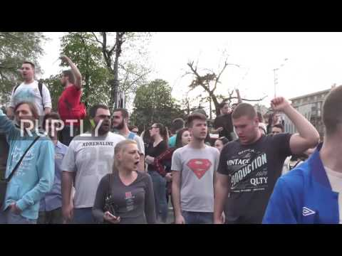 Serbia: Thousands protest against Vucic's presidential win in Belgrade