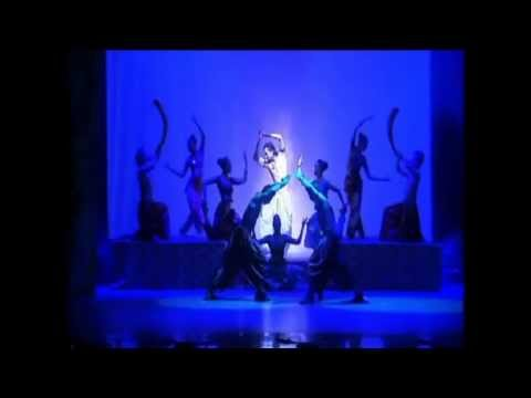 1st BOLLYWOOD FLASH MOB GREECE BY ANT1 WEB TV