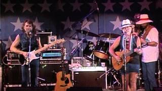 Willie Nelson - Luckenbach, Texas (Live at Farm Aid 1986)