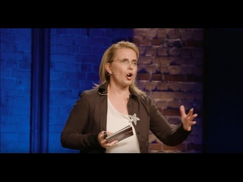 Beyond the ordinary - Working like an artist | Konstanze Frölich | TEDxHHL