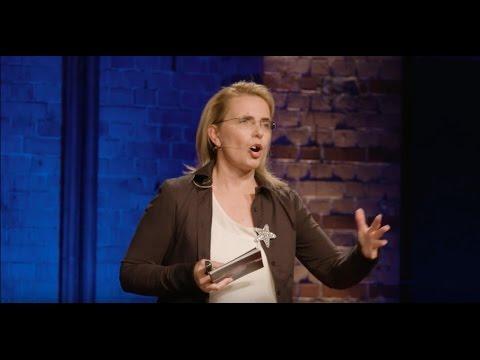 Beyond the ordinary - Working like an artist | Konstanze Frölich | TEDxHHL