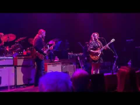 Tedeschi Trucks Band - Key To The Highway at the Chicago Theatre 1/17/20