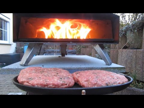 UUNI OVEN cooking hamburgers + wood 🍔