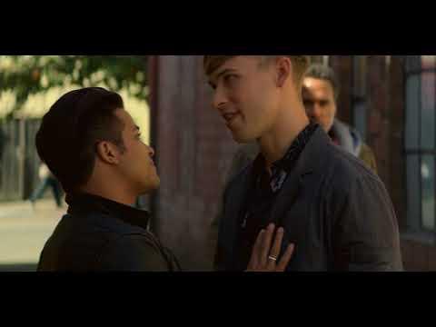 13 Reasons Why Season 2 Tony Beats Up A Guy In An Alley Youtube