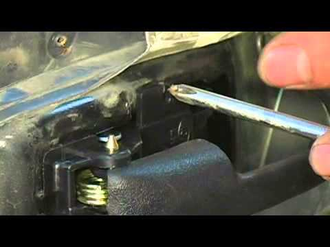 Replacing An Interior Door Handle On A 1996 Ford Explorer Attaching New Handle Youtube