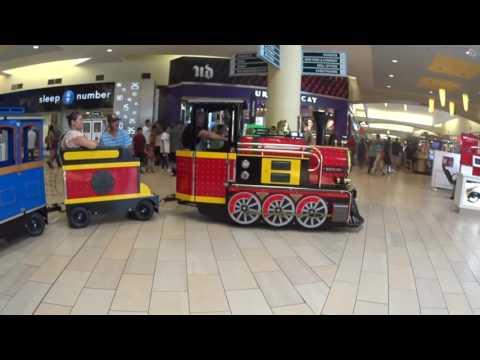 Bakersfield's Valley Plaza Mall Train Ride