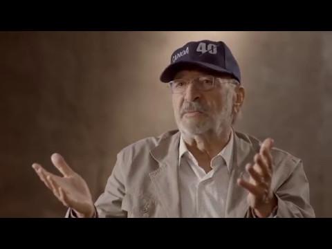 Alfonso Cuarón entrevista a Felipe Cazals a propósito de Canoa (1976)