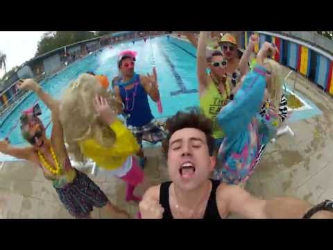 Nick Grimshaw vs Justin Bieber - 'Beauty and a Beat'