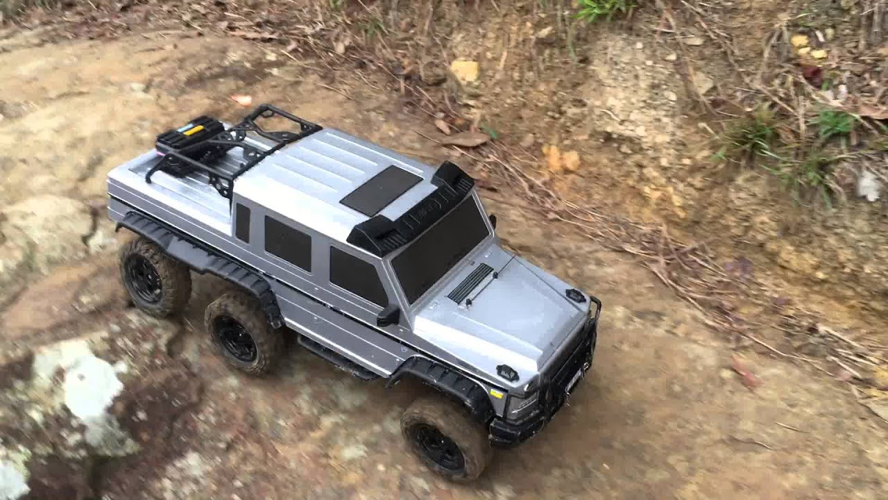 1/10 RC BENZ G63 AMG 6X6 - YouTube
