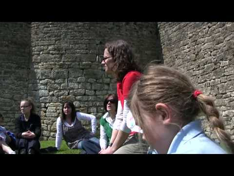 Discovery Visit at Farleigh Hungerford Castle