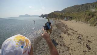Орджоникидзе, Крым, идем через нудистский пляж в Коктебель.(Орджоникидзе, Крым, идем через нудистский пляж в Коктебель., 2016-08-26T15:40:08.000Z)