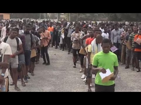 ''Mad rush'' for Ghana police recruitment