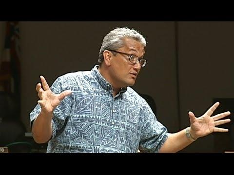 GMO crops banned on Hawaii Island, mayor signs bill 113
